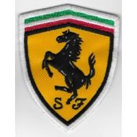 2243 Patch emblema bordado 8x6 FERRARI