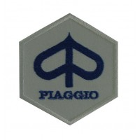 0473 Embroidered patchsew on 8x8 Piaggio Vespa